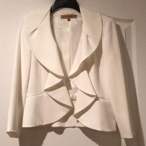 White sheek blazer
